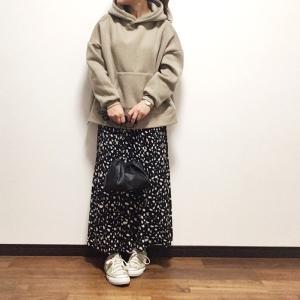 【しまむら】好きすぎて二色買い♡春まで穿きたいスカート/暖か裏起毛フーディー