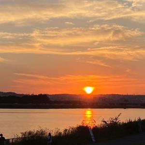 多摩川の夕陽を観に