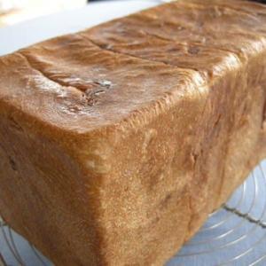 オレンジピール入り食パン
