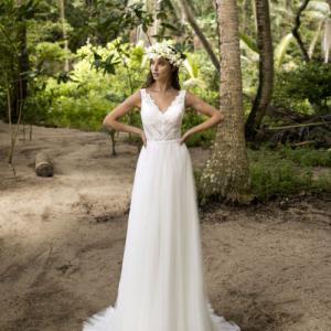 2021年モデルのウェディングドレスのオーダー