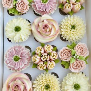 トロンプ・ルイユ お花みたいなカップケーキ