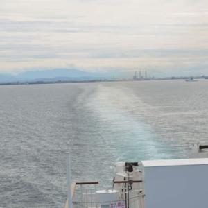 超大型台風19号が接近する中、船で北海道へ