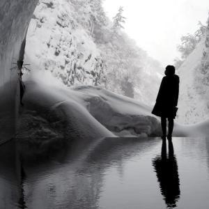 清雪の津峡トンネル