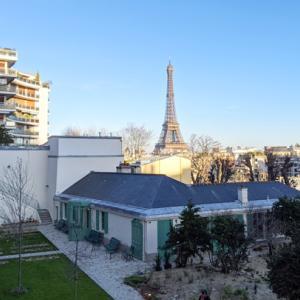 バルザック(人間喜劇などの小説家)の家。パリの景色が綺麗でピクニック可能