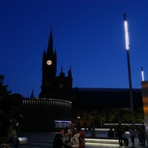ロンドン、セントパンクラス駅の時計塔に宿泊!