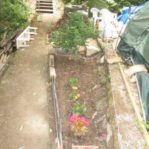 花壇作成2段
