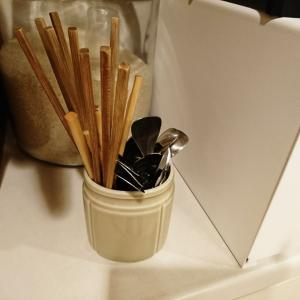 「シンプル思考の筋トレ」うちにお箸は何膳必要か?