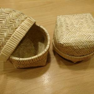 岩手の伝統工芸品「竹細工のおにぎり入れ」