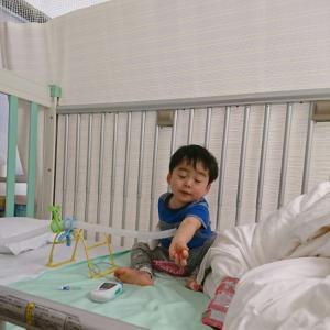 【2歳男児】肺炎・喘息性気管支炎で入院生活記録