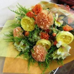 お誕生日に贈る花束
