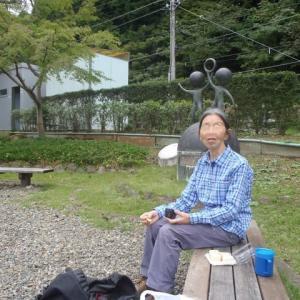 青梅丘陵を石神前駅から登って、二俣尾駅へ下りました。2019年10月17日の記録です