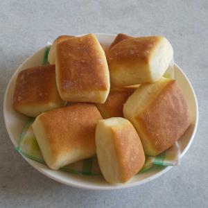 パン焼いたよ…**
