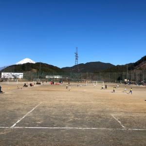 小学生サッカー センターバックの利き足でチームのポテンシャルが変わる