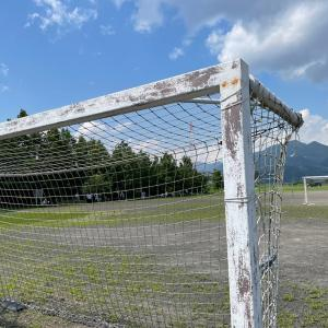 小学生サッカー まず覚えるべきかつ最強のフェイントは「キックフェイント」