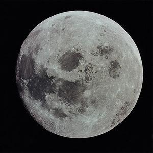 令和元年最後の満月が話題…ところで「◯◯ムーン」の意味って何?