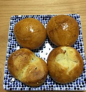 丸パンとアレンジパン