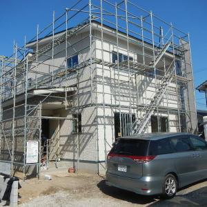 2/20(木) 晴れ 外壁工事が完了しました。
