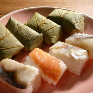 この日のみかんは、柿の葉寿司≧ひっぱりだこ飯でした。