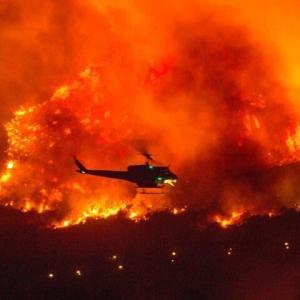 再び燃えるカリフォルニア