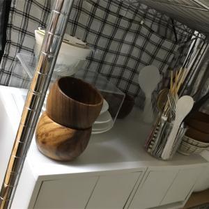 キッチンに収納ボックス