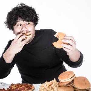■ ジャンクフードが 問題なのではなく ジャンクな食べ方が 問題。