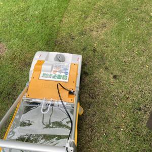 芝刈り機は手動か電動か?