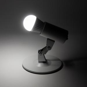 電球の色や明るさを直接操作できるスマートLED電球