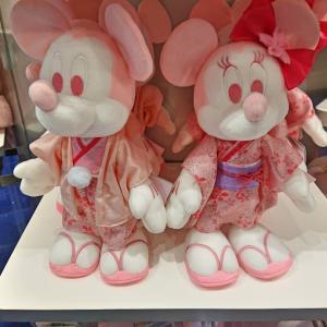 桜シリーズを見にディズニーストアへ行ってきました