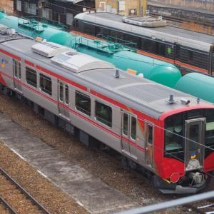 しなの鉄道(1/22):篠ノ井駅停車中のSR1系200番台を見る