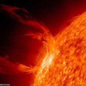 破滅的な太陽フレアで大停電文明崩壊wwwwwwwwwホワイトハウスが警戒強める