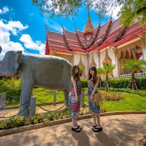 キラキラと輝くお寺は美しいです♪