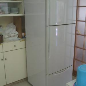 古い冷蔵庫日立R37V1を修理する