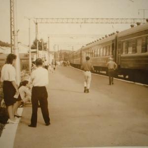 初めての鉄道と空の旅~初めて見る外国と鉄道技師との出逢い