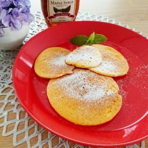 【おうちカフェ】ホットケーキミックス★パンケーキとバナナラテスムージー♪