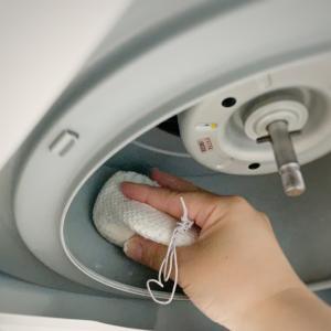 専用洗剤不要!レンジフードの油汚れは固形石鹸で掃除してます。