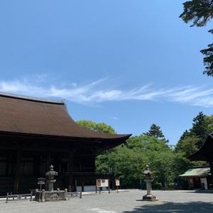 滋賀・三井寺の弥勒菩薩