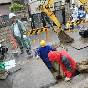排水管引き込み工事を単独で行います