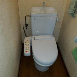 奥様の退職をきっかけに、1階2階便器を一緒に取替