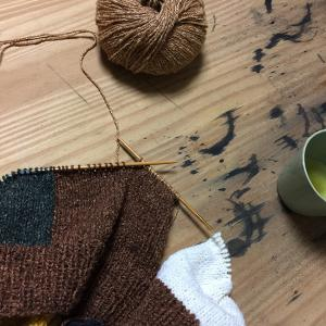秋色のベストを編む(3)もちろんテキトー