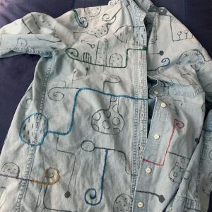 墨絵シャツを刺繍で埋め尽くす(5)埋め尽くすべきか