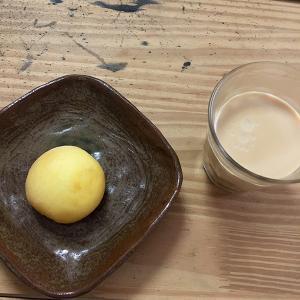 たまごパンと特濃紅茶