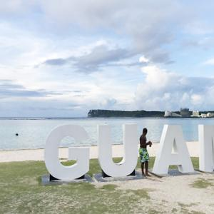 【グアム/ビーチ】こんな浅瀬にGTが!?ホテル前の海でシュノーケリングを満喫。