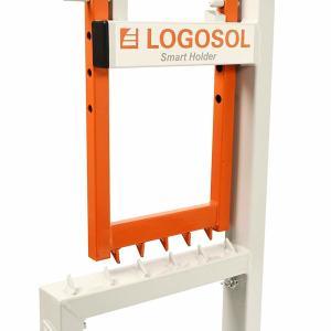 北欧ではこんな便利な玉切り台が市販されていた(Smart Holder)
