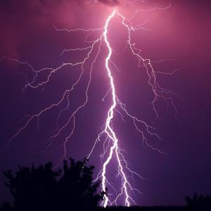 雷で自宅のwifiが飛んでしまった!