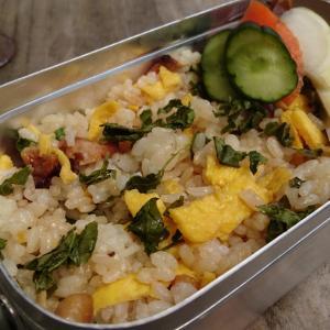 【和え飯】ファミマの焼き鳥と山椒の葉の和え飯