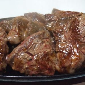 柔らかくて肉汁溢れるとろける肉だけが美味しい肉なのでしょうか?