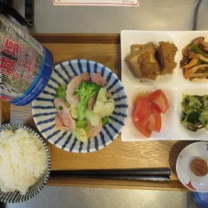 ハムとブロッコリー、カリフラワーの炒め物主菜の朝ごはん