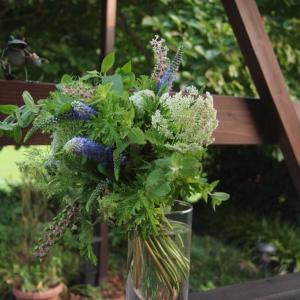 「花と暮らす」ハーブを束ねるWSを開催しました