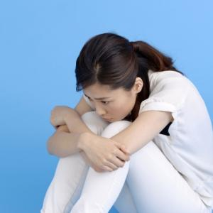 便秘の原因は運動不足?ストレス?あなたの原因診断!