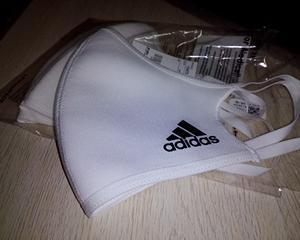 【マスク】洗えるマスク最高傑作見つけたからもうこれで最後にします!adidasフェイスカバー!【コレクター】